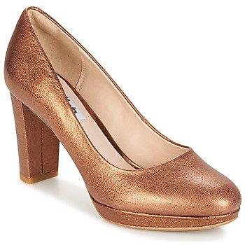Clarks Zapatos de tacón Kendra Sienna para mujer